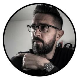 Stéphane Torregros de Squiid Impact, parmi les 70 meilleurs blogs marketing, conseils business, et développement personnel pour entrepreneurs, tout en français !